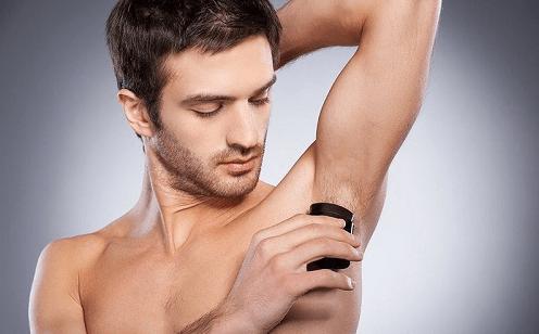 Giải đáp: nam giới có nên cạo lông nách không